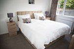 king size double bedroom self catering accommodation